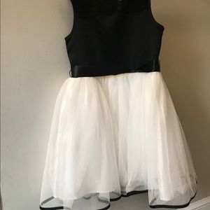 Fancy girls dress size 7/8